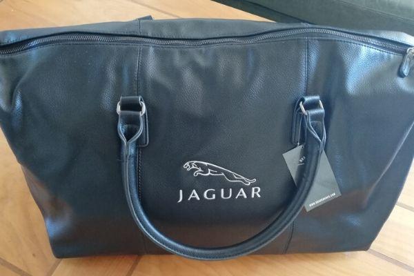 BROD Art-broderie sur mesure -broderie sur textile-sac jaguar